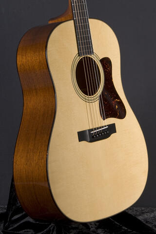 Collings CJ MH AV