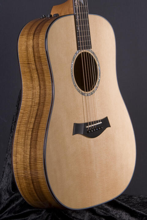 Taylor Custom Dreadnought ES