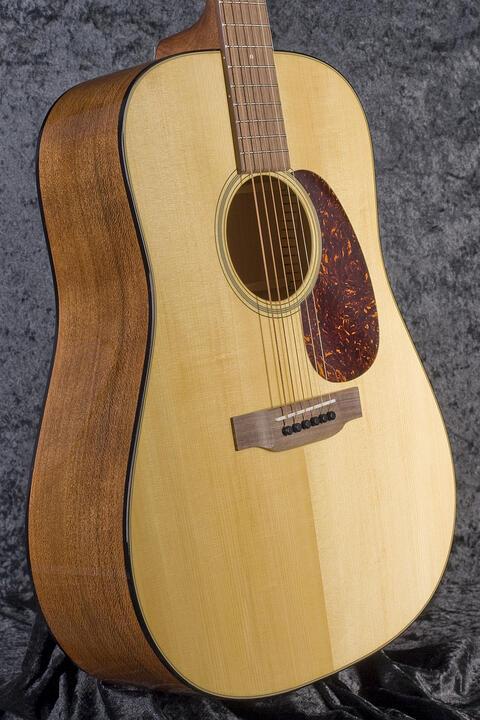 Martin Guitars Model America 1