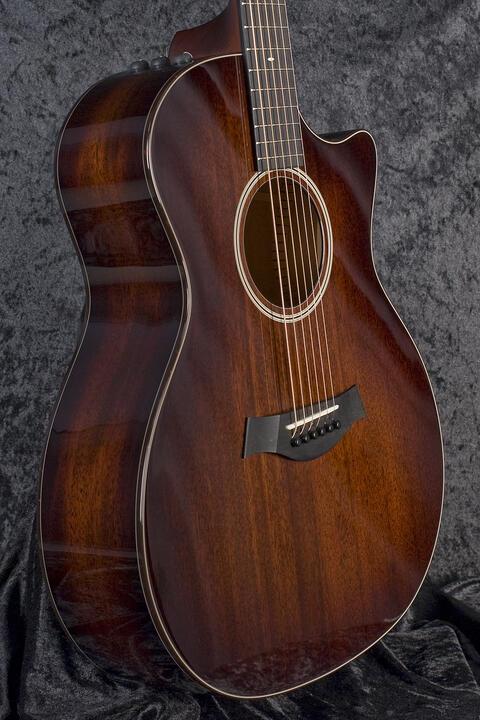 Taylor 524ce