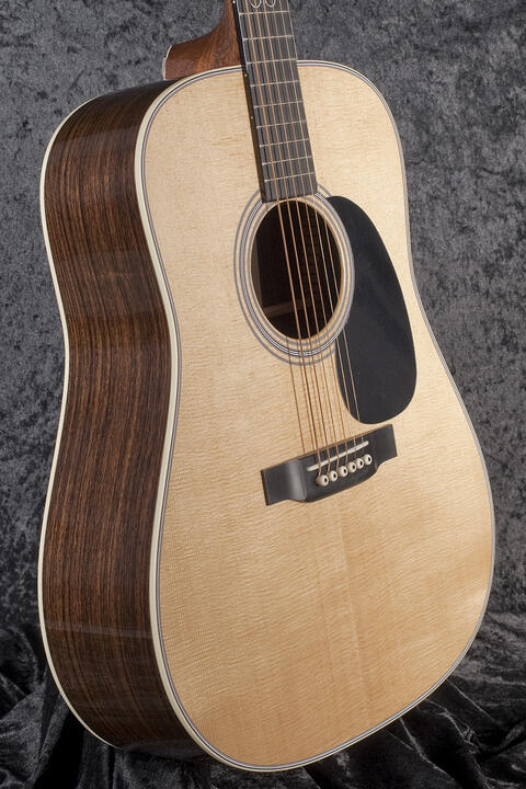 Martin Guitars D-28 John Lennon