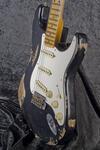 Custom Shop 1957 Stratocaster Heavy Relic, Black (8)