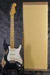 Custom Shop 1957 Stratocaster Heavy Relic, Black (9)