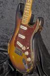 Custom Shop Masterbuilt '69 Stratocaster (8)