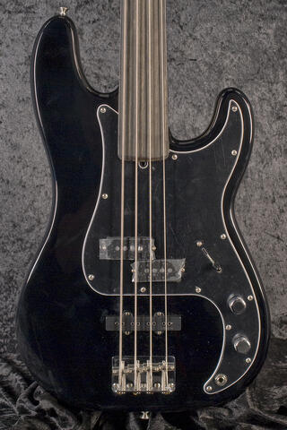 Fender Tony Franklin Fretless Precision Bass