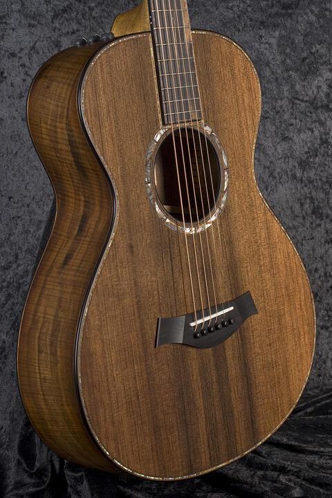 Taylor Custom GC #16 Queen's Walnut