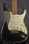 CustomShop 1958 Heavy Relic Stratocaster BK (1)