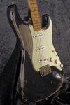 CustomShop 1958 Heavy Relic Stratocaster BK (7)