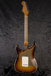 CustomShop 1961 Ultra Relic Stratocaster 3TS (4)