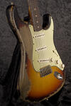 CustomShop 1961 Ultra Relic Stratocaster 3TS (7)