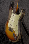 CustomShop 1961 Ultra Relic Stratocaster 3TS (8)