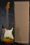 CustomShop 1961 Ultra Relic Stratocaster 3TS (9)