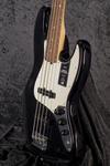 American Professional II Jazz Bass RW BLK (8)