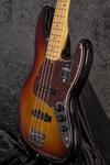 American Professional II Jazz Bass MN 3TSB (8)