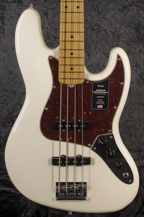 Fender American Professional II Jazz Bass MN OWT