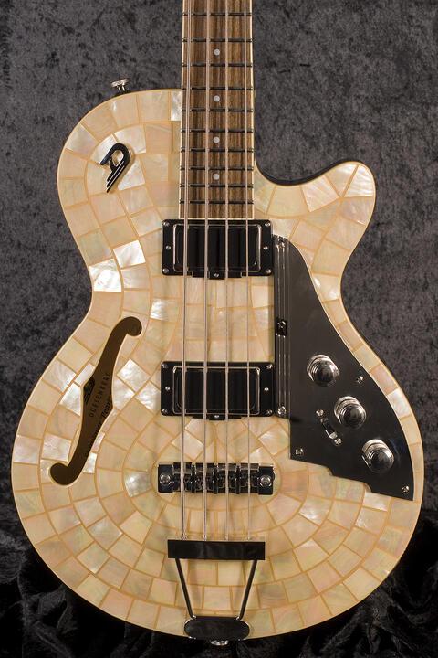 Duesenberg Starplayer Bass Ice Pearl