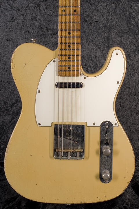 Haar Traditional T aged, Vintage White