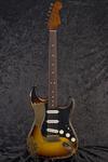 Custom Shop Masterbuilt '63 Stratocaster (2)