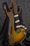 Custom Shop Masterbuilt '63 Stratocaster (7)