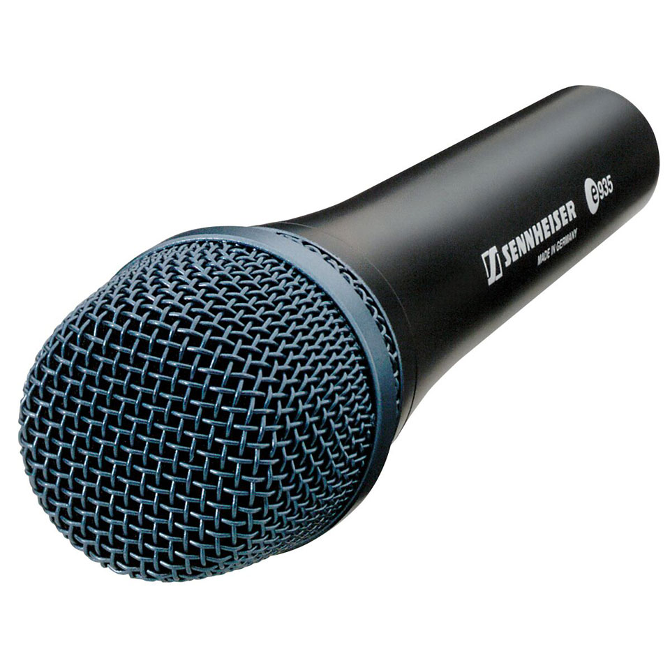 how to put your microphone sensitivty up