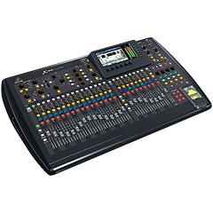 Behringer X32 « Console de mixage numérique