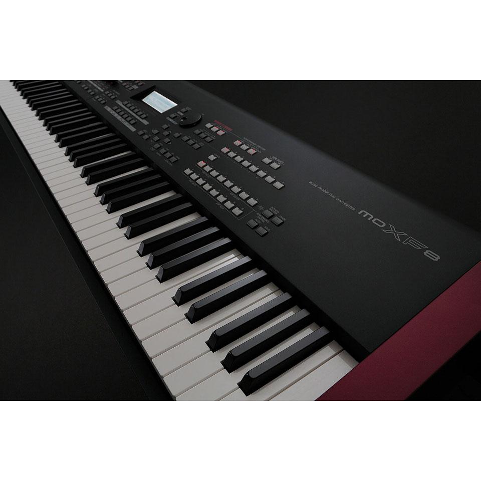 Yamaha moxf8 synthesizer for Yamaha synthesizer keyboard