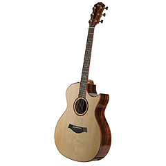 Taylor Custom Grand Auditorium « Acoustic Guitar