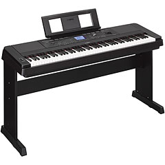 Yamaha DGX-660 B « Pianoforte digitale
