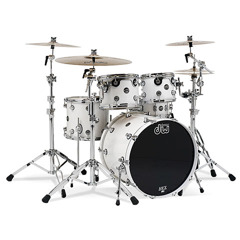 DW Performance 20  Pearlescent White