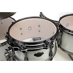 Tama Superstar Custom 22