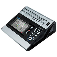 QSC TouchMix-30 Pro « Digital Mixer