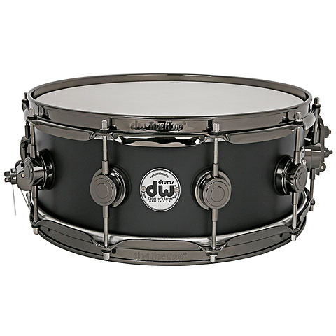 DW Collector's Lacquer Custom 14  x  6  Matte Black