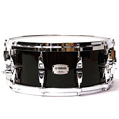 "Yamaha Absolute Hybrid Maple 14"" x 6"" Solid Black Snare « Caisse claire"