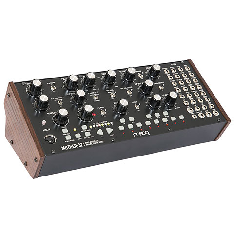 Synthesizer Moog Mother-32
