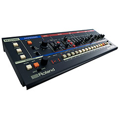 Roland Boutique JU-06A « Syntezator