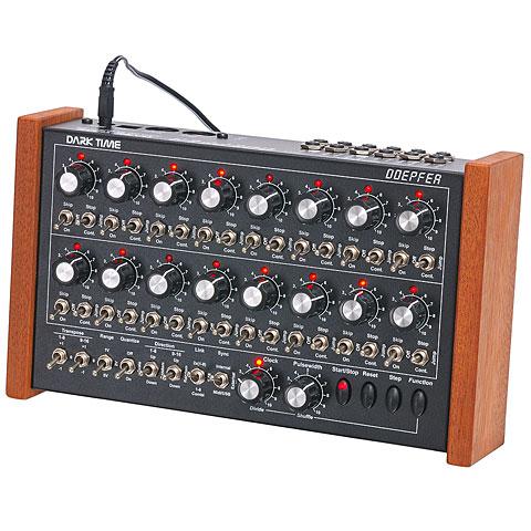 Sintetizador Doepfer Dark Time Red LEDs
