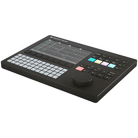 DJ Groovebox Polyend Tracker