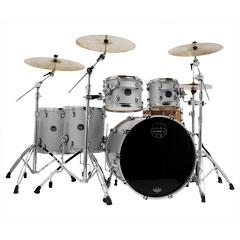 "Mapex Saturn Evolution 22"" Iridium Silver Studioease Shell Set « Schlagzeug"